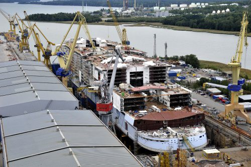 Oasis of The Seas, the first ship in the Oasis-class, under construction at STX Finland in Turku. Photo: RCL