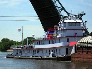 U.S. United Barge Line's 'Martha Mac'. Photo: TowboatGallery.com