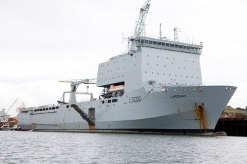HMAS -Choules ex RFA Largs Bay