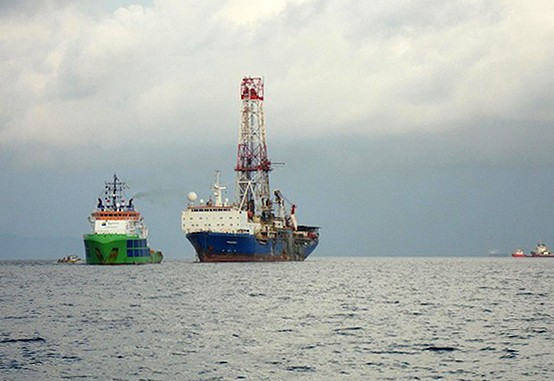 sherpa peregrine drillship tow