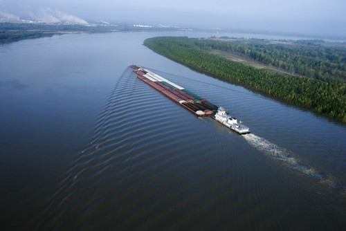 File photo of a barge on the Mississippi River. Image via Shutterstock