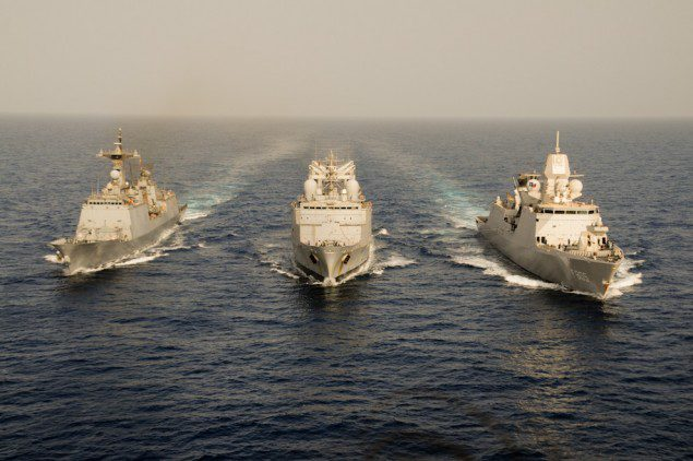 From left to right: the Korean frigate Wang Geon (Combined Task Force 151), the FS Marne (Atalanta) and the Dutch frigate Evertsen (Ocean Shield - NATO)