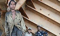 alang-children-shipbreaking-india