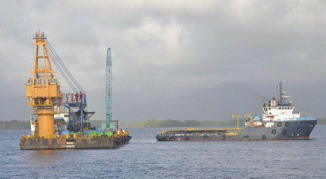 smit borneo crane barge