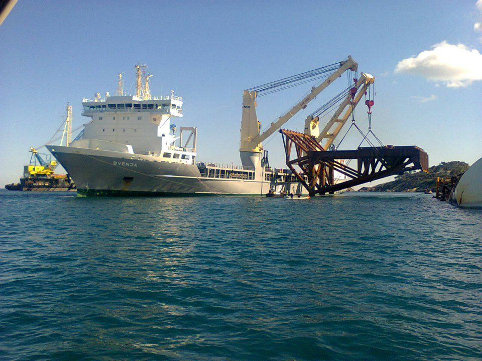 Costa Concordia Salvage Update: Crews Install Largest of Five Subsea